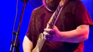 Bluesrockový kytarista Damon Fowler zahrál poprvé v Praze