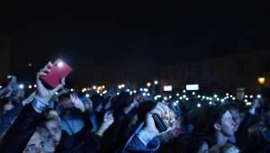 Chinaski rozezpívali plzeňské publikum svými největšími hity, předskakoval jim Marcell