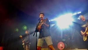 Mirai rozzářili krnovský Kofola Music Club, předvedli do detailu promyšlenou, ohnivou show