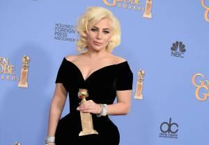 O Oscara letos bojují i Lady Gaga, Sam Smith, The Weeknd či Ennio Morricone