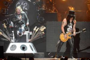 LIVE: Návrat Guns N' Roses? Na Coachelle si sáhli na dno
