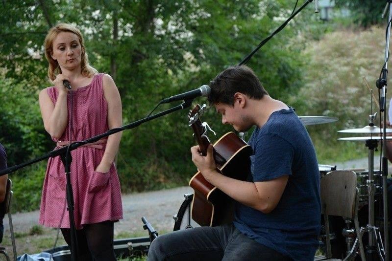 LIVE: Než koncert ukončil déšť, bavili Jananas hudbou i legráckami