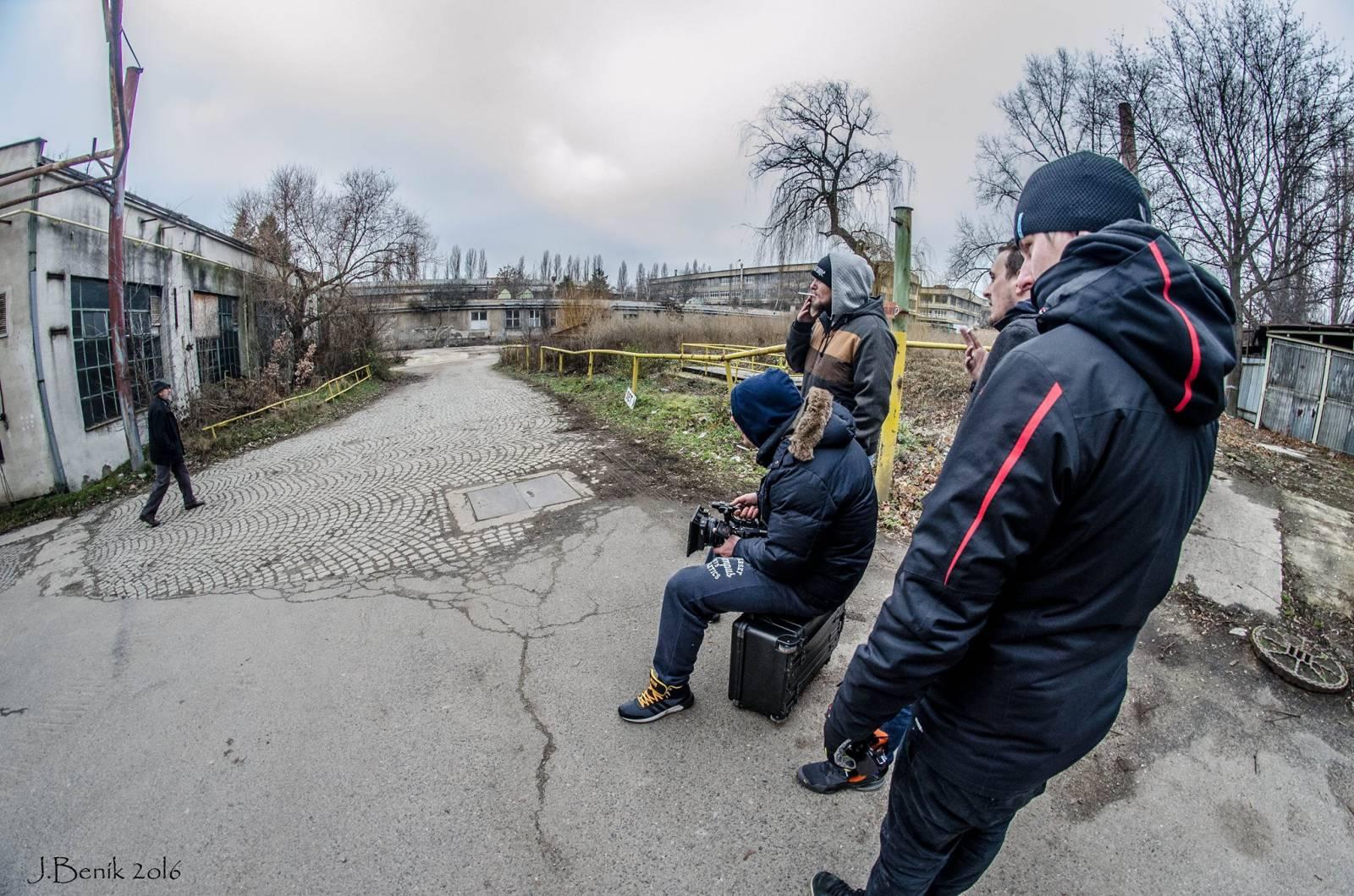 ROCKBLOG: Natáčení klipu skupiny Traktor pohledem fotografa: Padlo asi sto vtipů a Letokruhy snad pětatřicetkrát