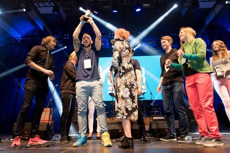 VIDEO: Skyline: Cena Žebřík za Album roku? Takovou radost jsme ještě nezažili!