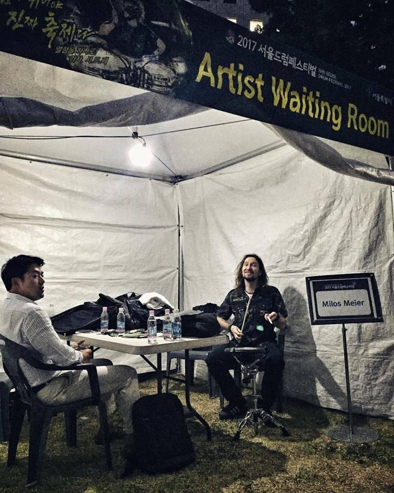 VIDEO: Miloš Meier z Dymytry vystoupil na festivalu v korejském Soulu. Atmosféra byla strhující