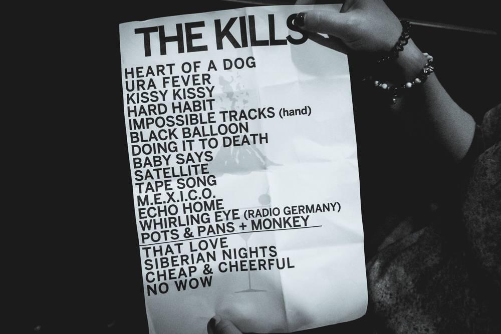 LIVE: The Kills svým indie rockem premiérově dobyli Prahu