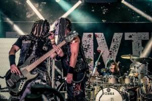 LIVE: Sobotní The Legends Rock Fest: Traktor vyhrál diváckou soutěž kapel, nejoriginálnějšího fanouška mají Dymytry