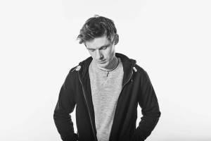 TOP 6 videoklipů týdne: Taneční kroky předvede Pavel Callta, Vladivojna La Chia oslní jako Anna Alexandrovna