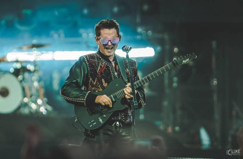 LIVE: Muse nás vrátili do osmdesátek. Udělali by ale nejlépe, kdyby pořád něco nevymýšleli