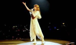 LIVE: Colours of Ostrava si v první den podmanila Florence and The Machine, která vypadala jako víla