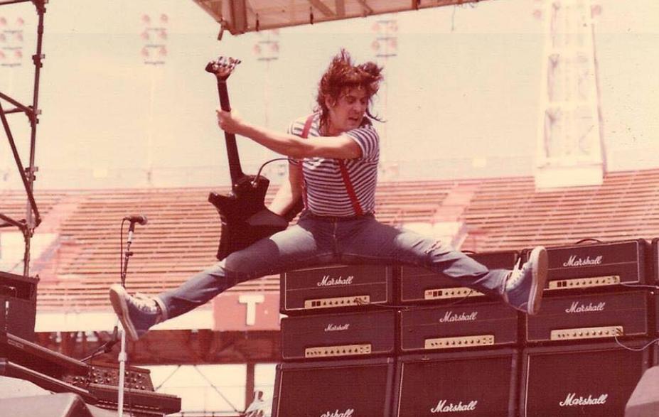 Zemřel Pete Way, bývalý baskytarista Ozzyho Osbourna a kapely UFO