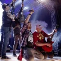 Anketa #5: Konec koncertů. Měla by vláda podpořit kulturní sektor? Odpovídali Volt, Eduard Rovenský nebo Honza Drábek