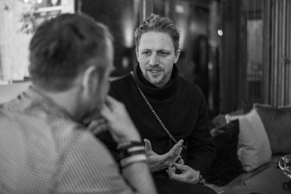 ROZHOVOR | Tomáš Klus: Nastal čas na politickou desku. Pro Zemana s Babišem jsem napsal více písniček než pro svoji ženu (1. část)