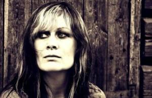 Zahynula hudebnice Andrea Meyer, stala se obětí norského lukostřelce