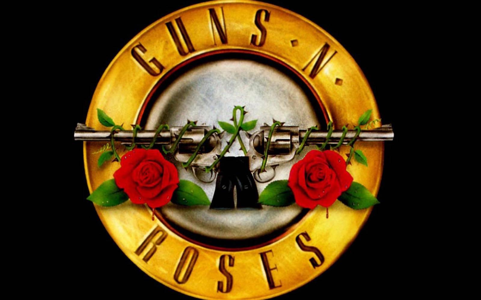 Návrat Guns N' Roses: Axl Rose a Slash se mají příští rok po 23 letech objevit na jednom pódiu