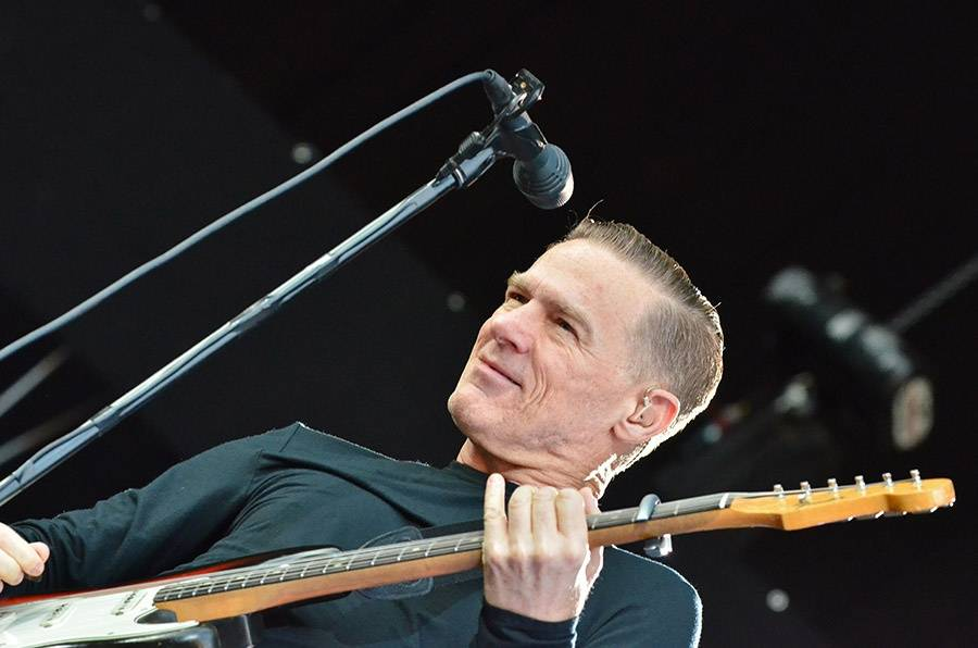 Bryan Adams se v říjnu představí v Praze, zazpívá i nové hity