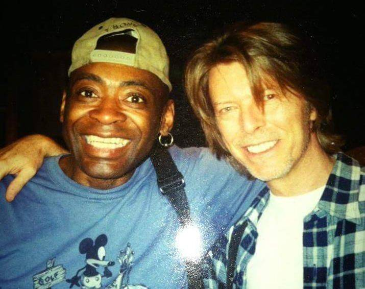 Zemřel Dennis Davis, bubeník Davida Bowieho