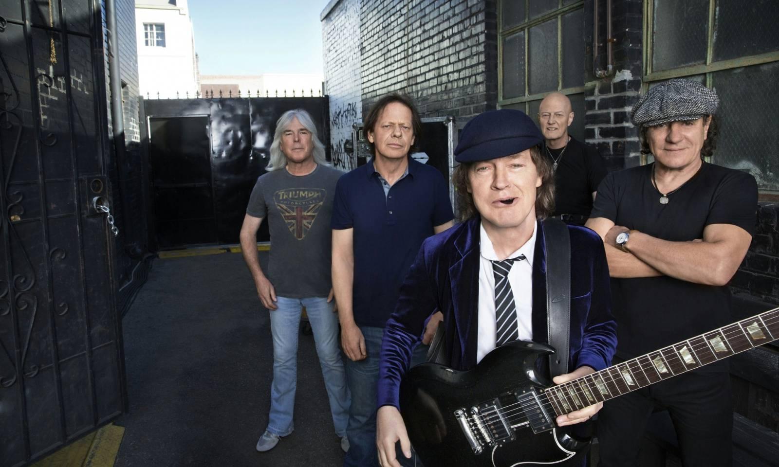Brian Johnson z AC/DC: Koncertovat bohužel nemůžu, ale nahrávat ve studiu ano!