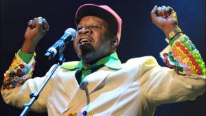Zemřel Papa Wemba, legenda africké hudby. Proslavil se i pomocí migrantům