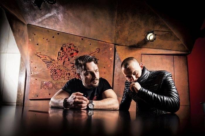 Hugo Toxxx a James Cole znovu opráší Supercroo. V červnu srovnají Rock Café se zemí!