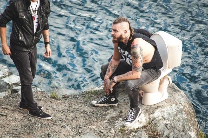 VIDEO: Rybičky 48 parodují boybandy. Jsou u toho i Pekař a Jakub Děkan
