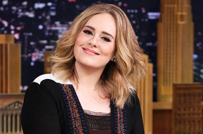 Adele odmítla vystoupit na Super Bowlu.