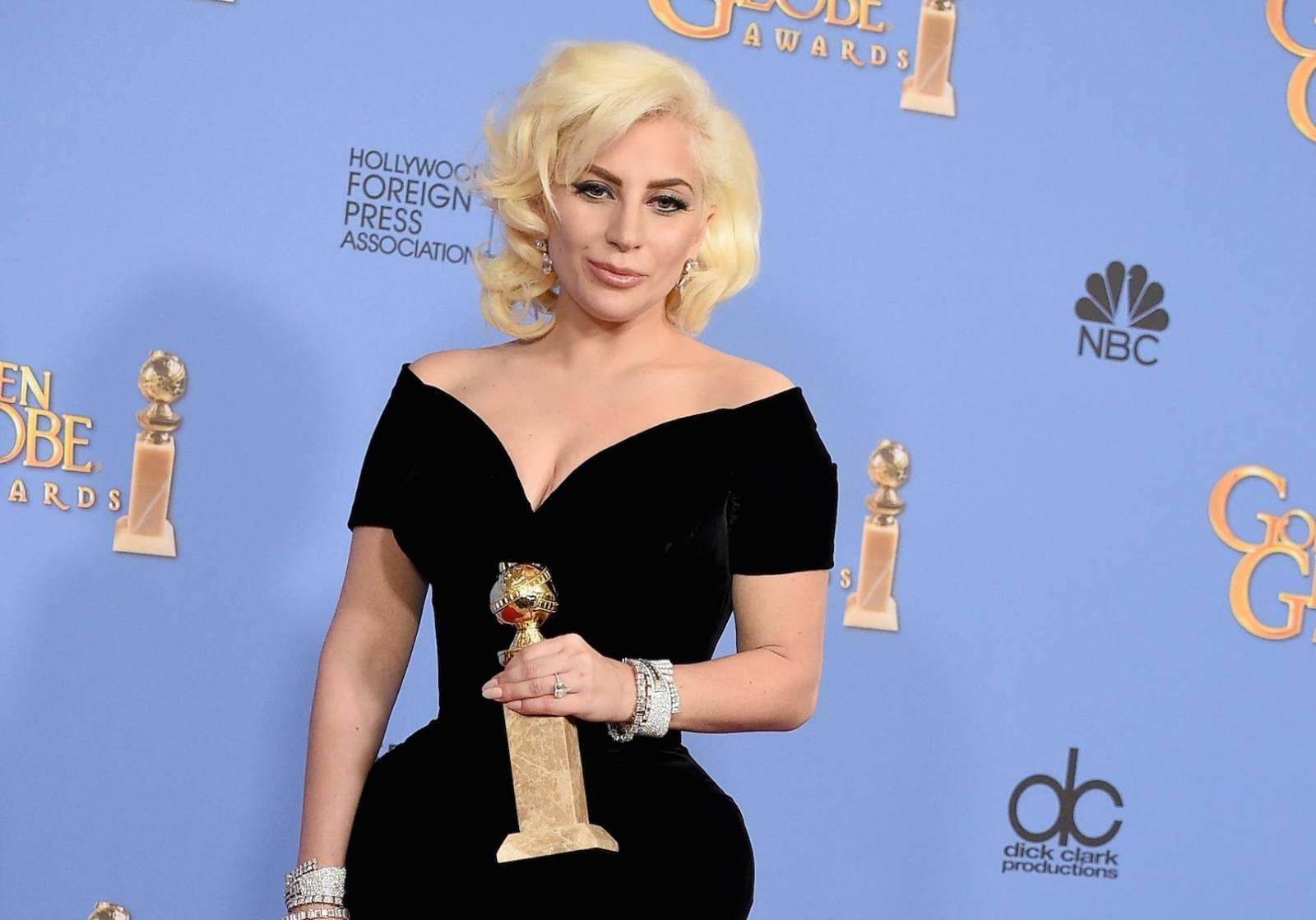 Nový hit Lady Gaga přijde v září. Na vrchol ji mají vrátit Mark Ronson a Kevin Parker z Tame Impala
