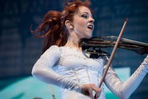 Magická a charismatická houslistka Lindsey Stirling se vrací do Prahy