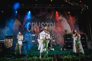 Crystal Fighters jedou do Prahy: Elektro-folkový uragán udeří v MeetFactory