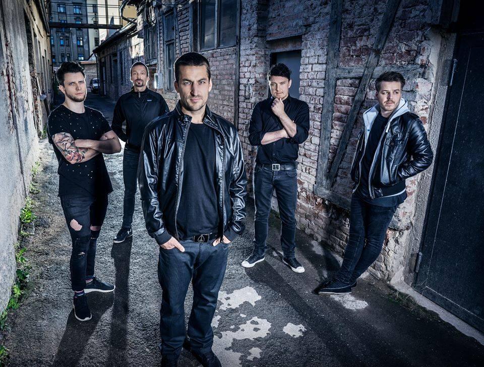 The.Switch představují nové album po deseti letech v klubech, se Smrtislavem zahrají i v Praze