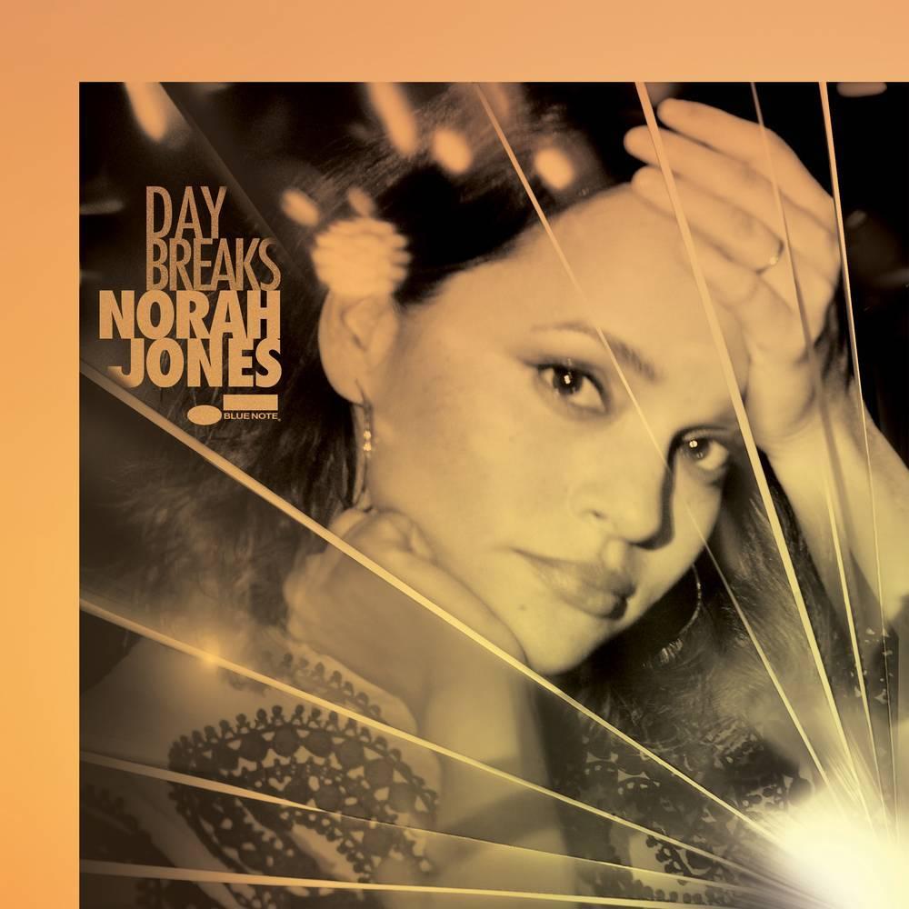 RECENZE: Norah Jones vás s Day Breaks vezme do nejlepšího klubu v New Yorku