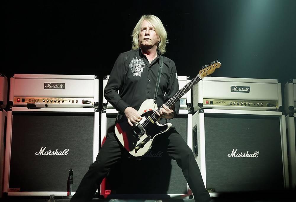 Zemřel Rick Parfitt. Kytarista Status Quo podlehl infekci