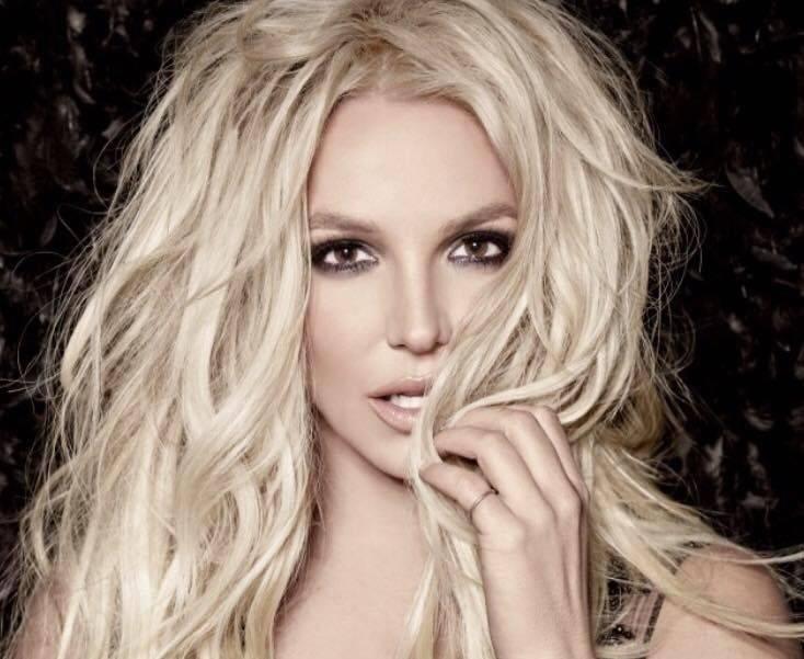 Zemřela Britney Spears - kolovalo internetem. Za poplašnou zprávou stáli hackeři