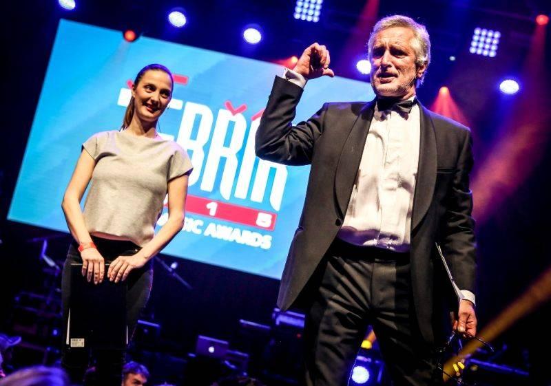 Pětadvacátý Žebřík odstartoval! Jeho výsledky vyhlásí Jakub Kohák a Iva Pazderková 10. března v Plzni