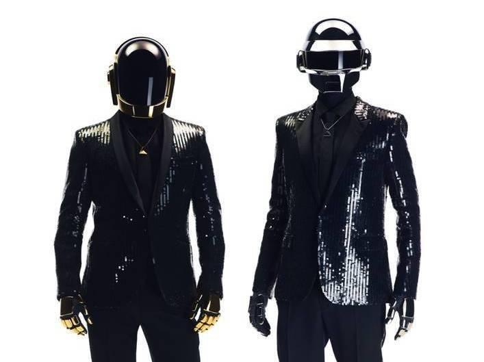 VIDEO: Vyrazí Daft Punk v roce 2017 na turné? Šifrovaná pozvánka naznačuje, že ano!
