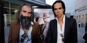 Nové desky: Nick Cave a Warren Ellis natočili soundtrack k Marsu, novinky mají i The xx nebo Mike Oldfield