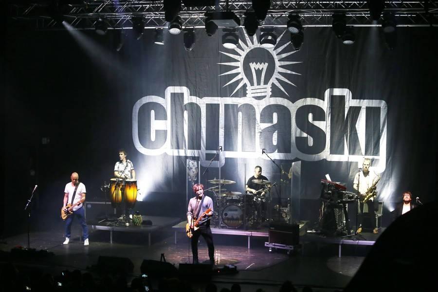 AUDIO: Chinaski už nenapíšou další Punčocháče, přesto nepláčou. V novém singlu, na květnové desce ani na podzimním turné