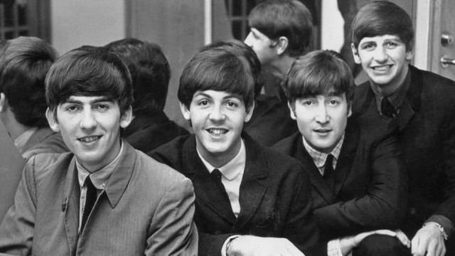 Dva zbývající Beatles - Paul McCartney a Ringo Starr - se sešli ve studiu. Co chystají?
