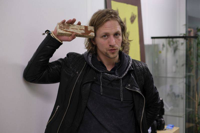 Hudební ceny Žebřík 2016: Zpěváky roku jsou Tomáš Klus a Ewa Farna, za nejlepší skupinu fanoušci zvolili Hentai Corporation