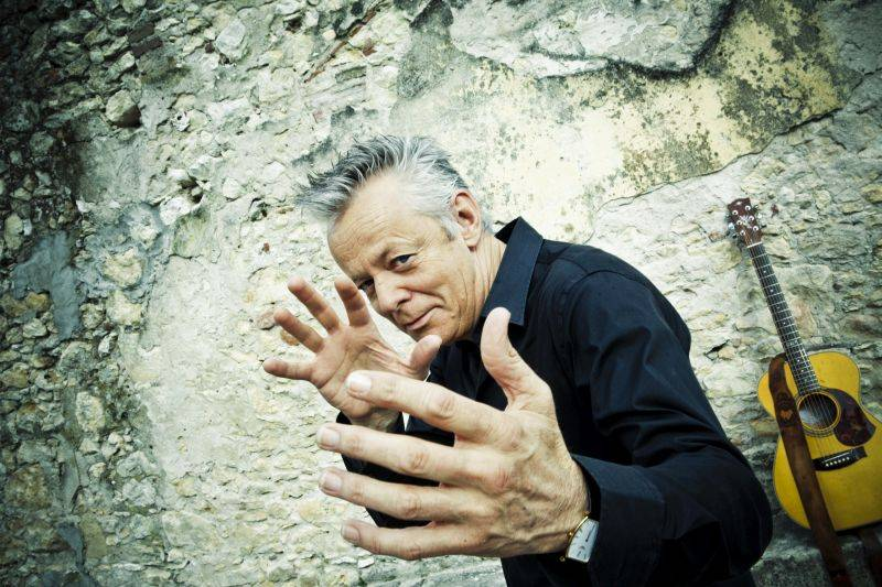 Kytarový mág Tommy Emmanuel odehraje v neděli v Praze jediný letošní koncert ve střední a západní Evropě