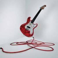 Honza Homola z kapely Wohnout pomůže šestiletému Maximovi. Jeho Levitující kytara jde do dražby