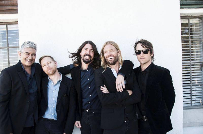 Foo Fighters vydají v září novou desku. Zpívá na ní prý největší popová hvězda planety