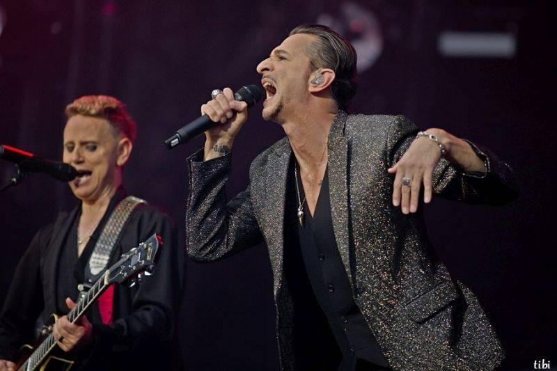Depeche Mode zrušili koncert v Minsku, Dave Gahan byl hospitalizován v nemocnici