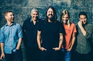Kdo je největší popová hvězda planety na novém albu Foo Fighters? Ani Adele, ani Taylor Swift, odhalil Dave Grohl