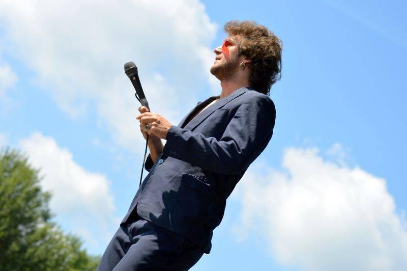 Pořadatelé Rockfestu Dačice vykázali z pódia Hentai Corporation, zpěvák se prý choval nepřístojně