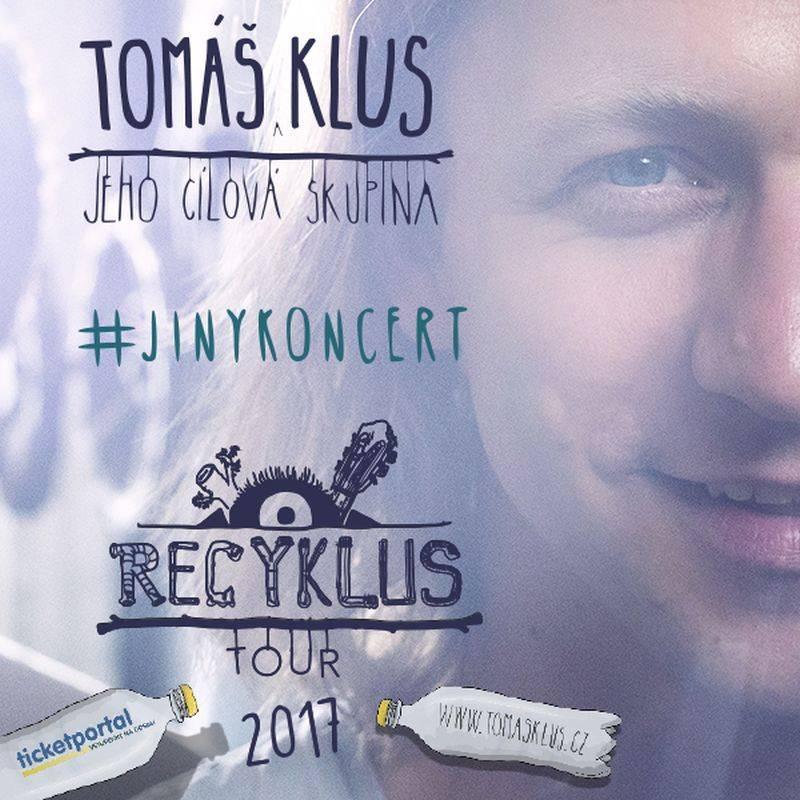 Tomáš Klus představí na koncertě v Pragovce duet se svou manželkou. Navíc převezme Zlatou desku