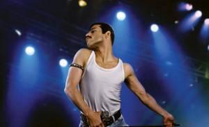 Film o Freddiem Mercurym bude mít premiéru na Vánoce 2018. Zpěváka hraje Rami Malek