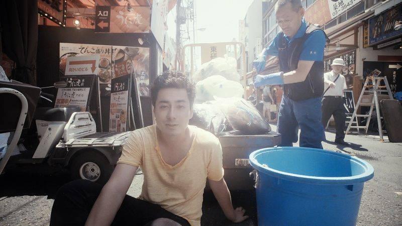 Mirai po tragické události v rodině bubeníka přesouvají termín vydání desky i společné turné s Poetikou