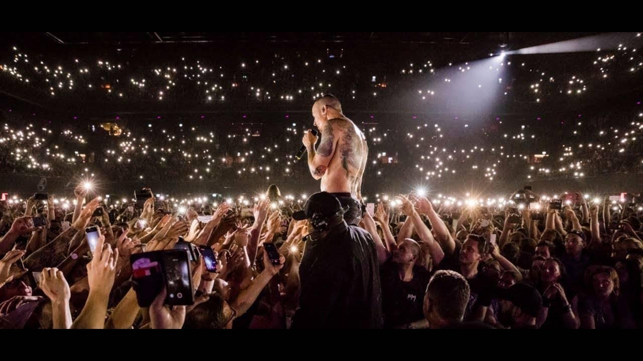 Nové desky: Linkin Park vzpomínají živákem na Chestera, Jiří Pavlica a Hradišťan naladí na Vánoce