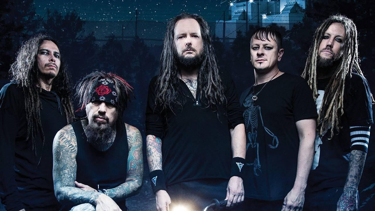 Společně s Ozzym Osbournem v Praze zahraje i Jonathan Davis, frontman kapely KoRn